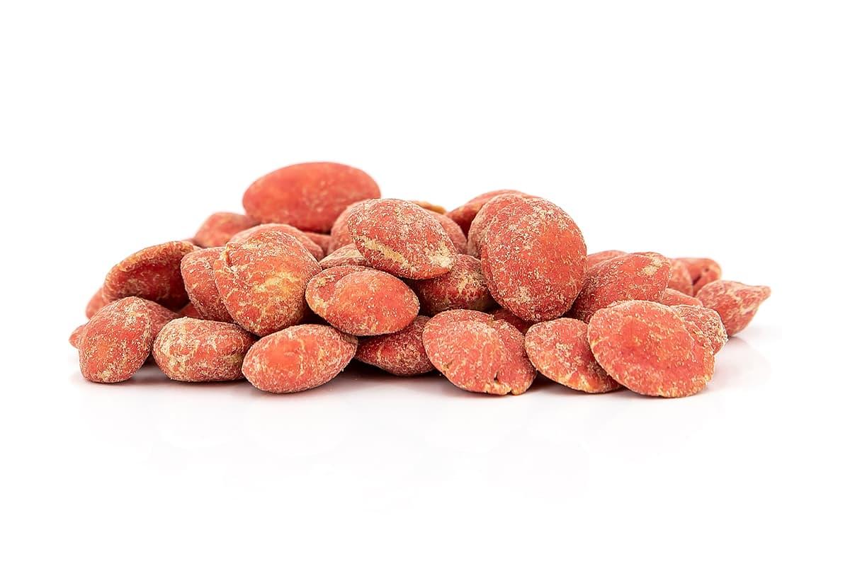 Rote Wasabi-Nüsse